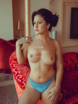 BONNY - VODKA ES - Escort Erin Rose | Girl in Baku